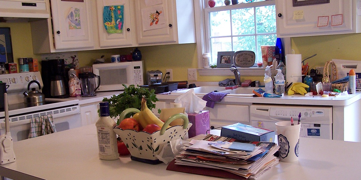 kitchen-clutter