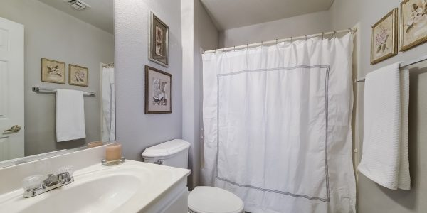 20 bathroom_MLS